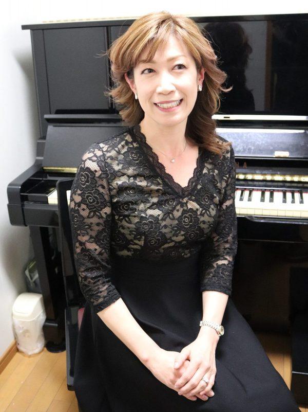 ピアノ個人レッスン教室 神戸灘区 What Are Wordsを弾き語り演奏