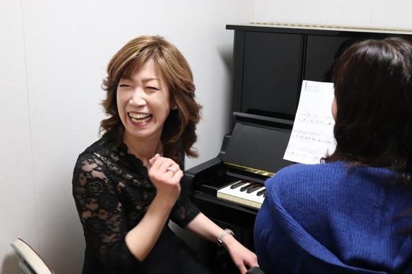 ピアノ個人レッスン教室 神戸灘区 中学校歌を即興アレンジで格好良く伴奏!
