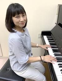 小川 祐子(おがわ いゆこ)ピアノ