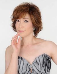 佐野 多由子(さの たゆこ)ピアノ・ヴォーカル