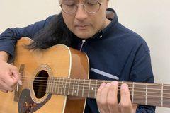 ウクレレ・ギター講師田村先生のインタビュー