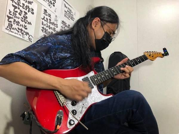 ギターソロ かっこいい弾きかた。神戸の教室から動画配信!
